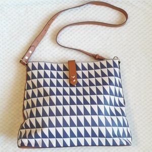 Stella & Dot blue and white triangle tote bag